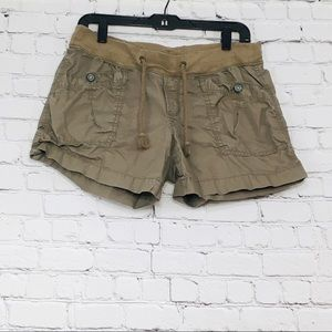 Women's Old Navy Cargo tan Shorts size Medium